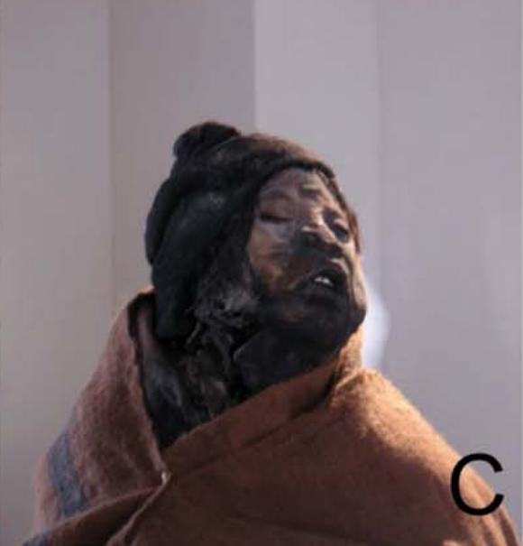 la-nina-momie-inca